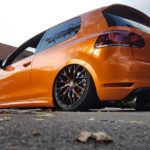Barrracuda Racing Wheels Project 3.0 8,5×20 ET 43 flash orange auf dem Golf 6
